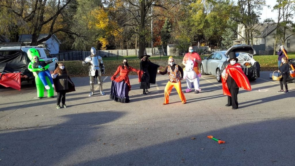 Hung Wu, Tom Shilts, Susan Bissonnette, Chris Potts, Samantha Siemons, Paola Sanchez, Betsy Hull, Andrea Rodriguez at Trunk 'n Treat fun! (The Friends pay for the candy at this annual event.)